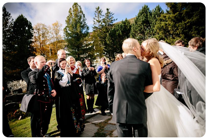 Høstbryllup Geilo Kirke Dr. Holms Hotel Bryllup på Geilo